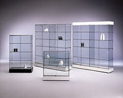Шкаф из стекла 2