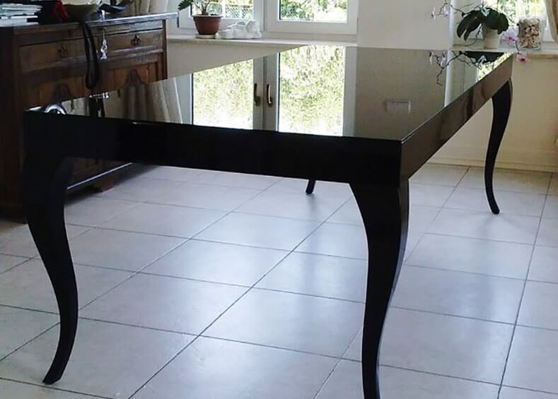 черное стекло на стол