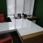 Стекло на стол в офис с вырезом