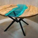 Вставка из стекла 10 мм в столе